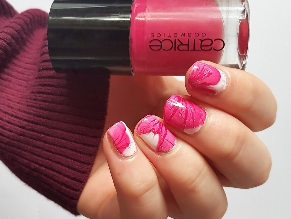 Montagspinselei - Veil Nails - Catrice The Very Berry Best